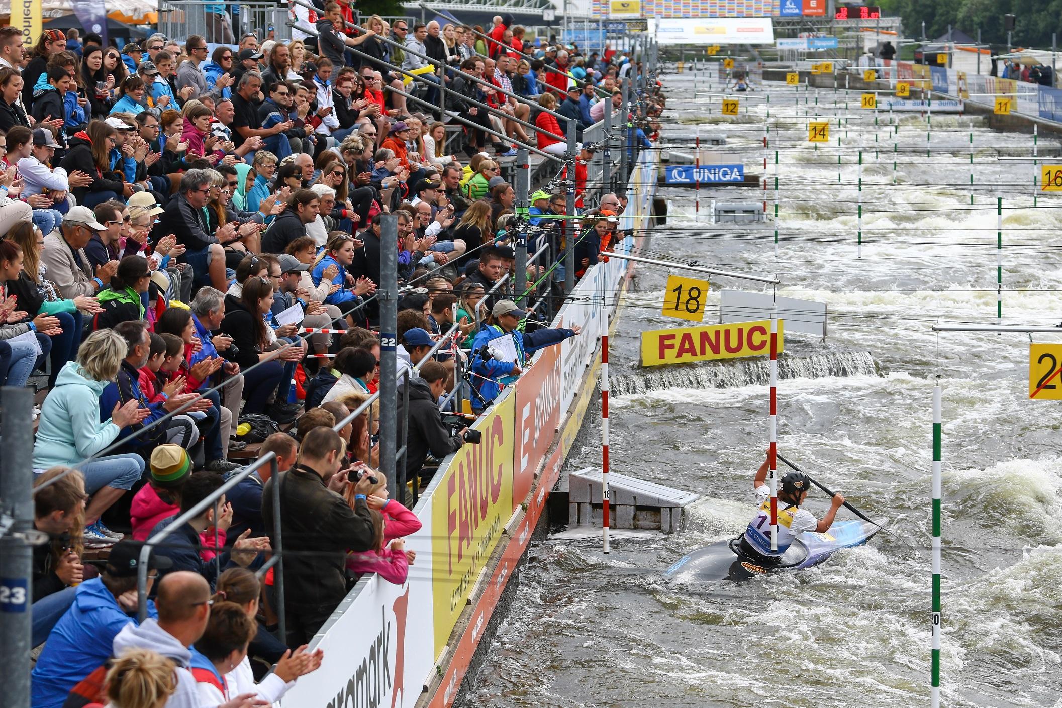 Právě dnes, v pondělí 22. 7. v 10:00 hodin byl zahájen předprodej vstupenek na finále Světového poháru a mistrovství světa v extrémním slalomu 2019 v síti Ticketportal