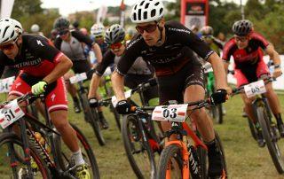 Jezdci si tedy mohli vyzkoušet v praxi úplně vše co současná disciplína olympijského cross country nabízí.